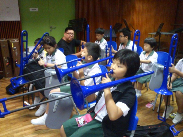 P2 pupils using customized instruments during PAL lesson.jpg